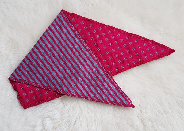 Leela Cotton Baby Dreieck-Tuch Wende-Tuch persischrot taubenblau